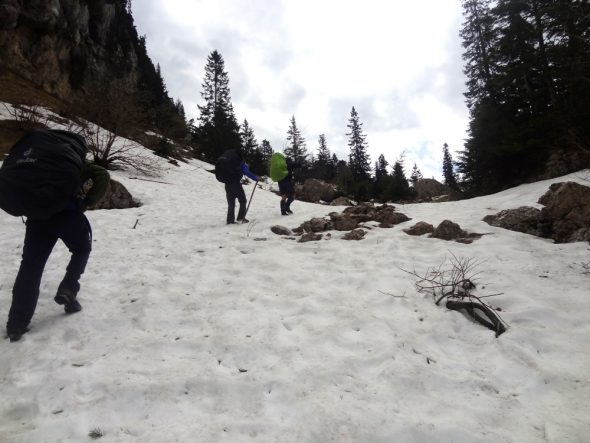 Sneeuw op weg naar Habert de Bovinant